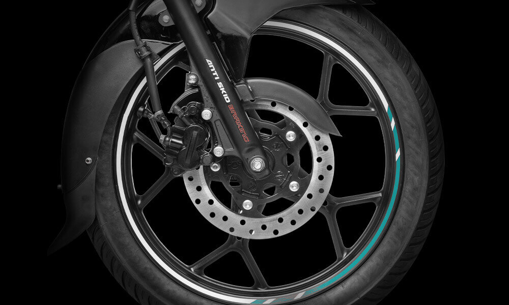 Front Wheel of New Bajaj Discover with Tubeless Tyres