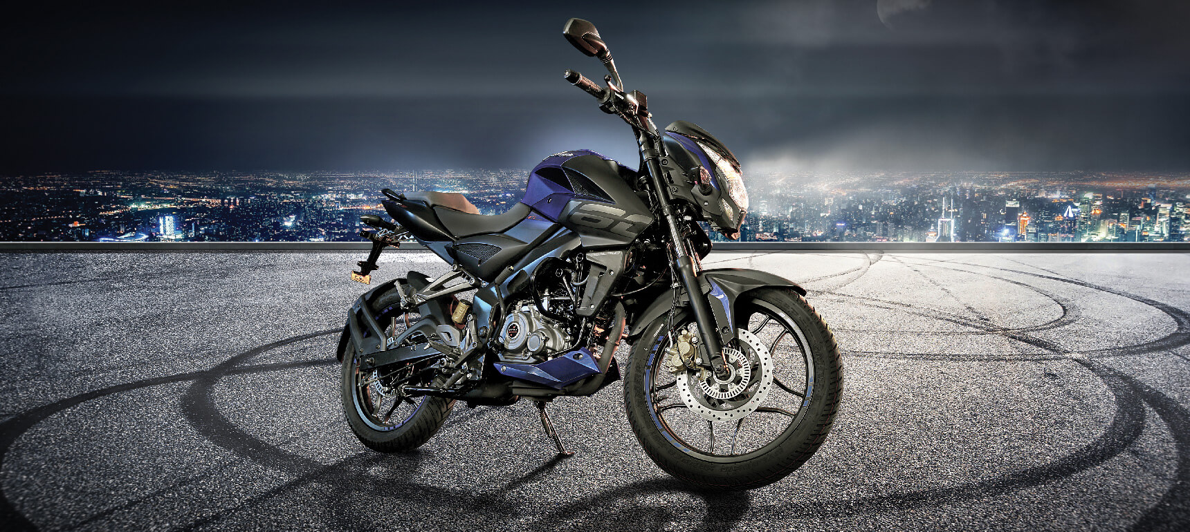 Black and Blue Color Bajaj Pusar NS 160 FI ABS Motorcycle