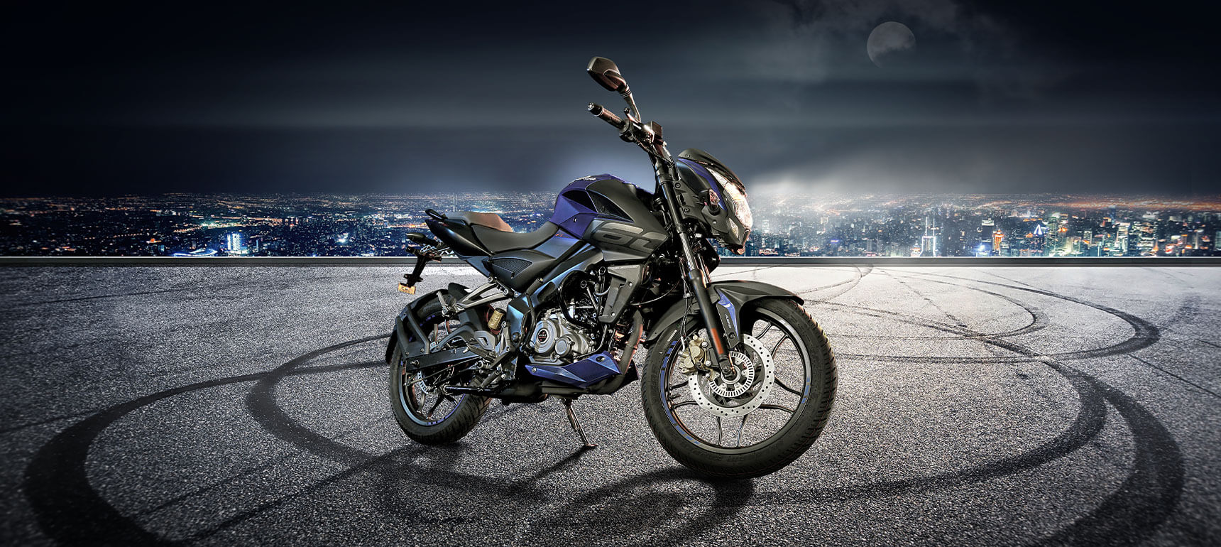 Black and Blue Color Bajaj Pulsar NS 160cc Twin Disk ABS Motorcycle