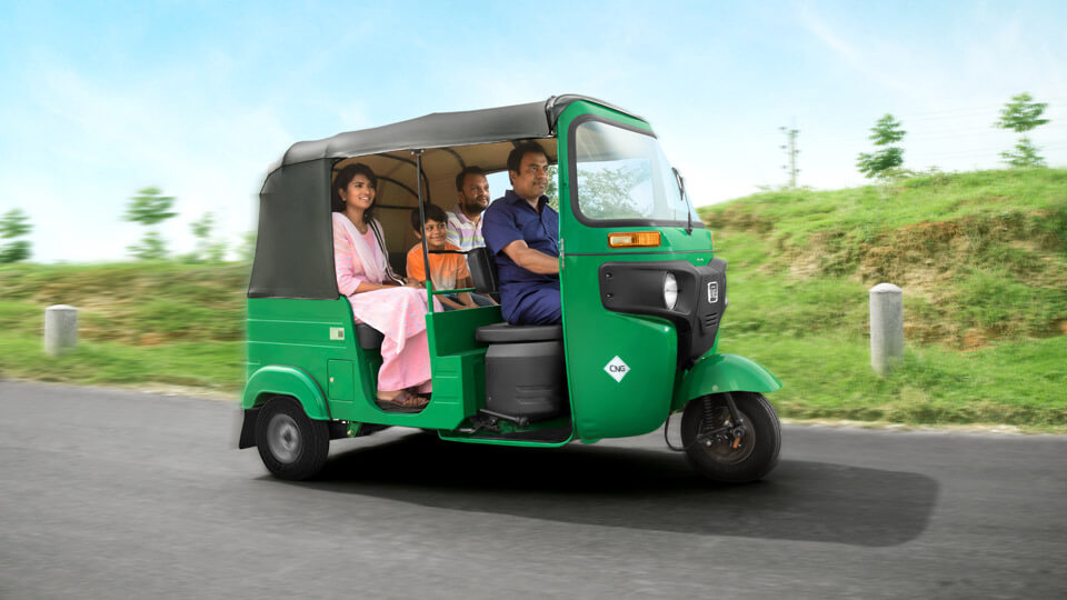 Bajaj RE 4S Featured Image Right